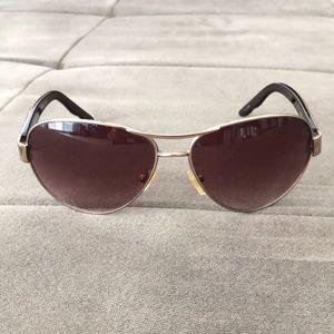 Oscar de la Renta Aviator Sunglasses